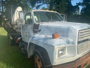1993 Ford F600g