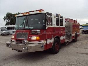 2001 Pierce Model Tilt Cab Pumper