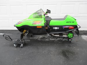 2001 Arctic Cat Z 120 Youth Snowmobile