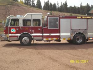 2000 E One Rear Mount Pumper